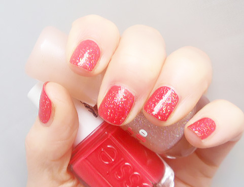 Space queen by Essence on Canyon Coral by Essie