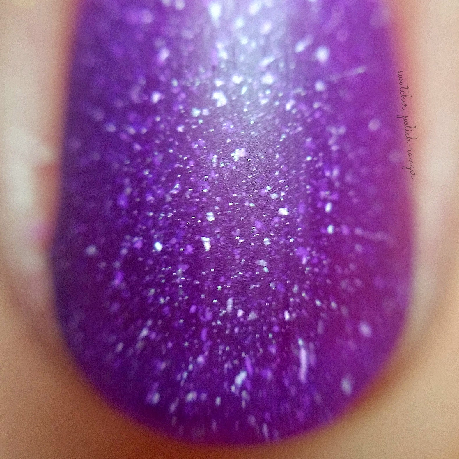 picture polish shy violet macro