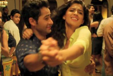 """Deeksha Seth and Armaan Jain """"Maloom"""""""