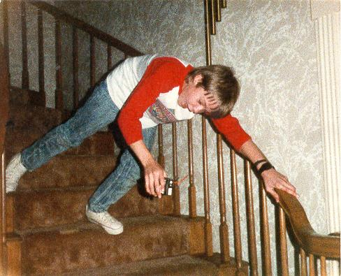 how to break your foot by falling down the stairs