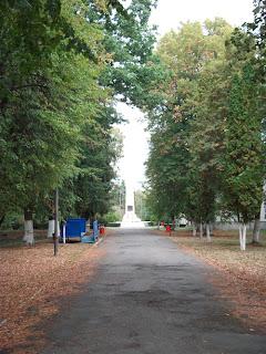 Obeliscul de pe mormântul lui Mihai Viteazul ridicat în anul 1977