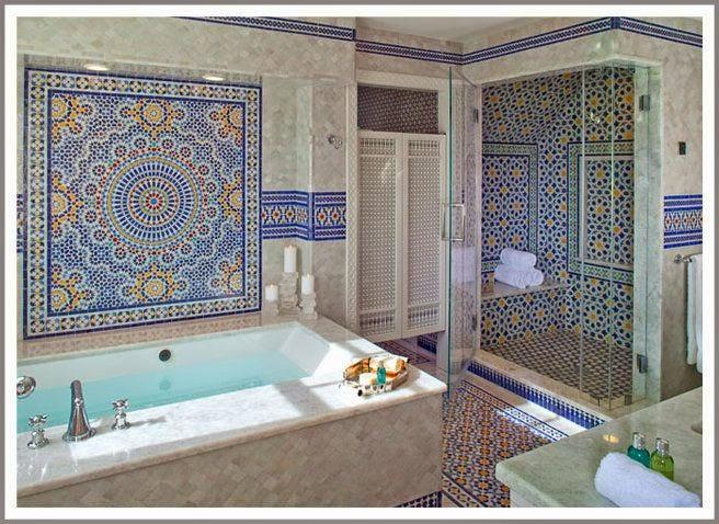 Baños Estilo Marroqui:En un baño marroquí los muebles no son diferentes a un baño