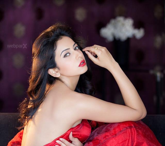 Actress Rakul Preet Singh Unseen Hot HD Gallery