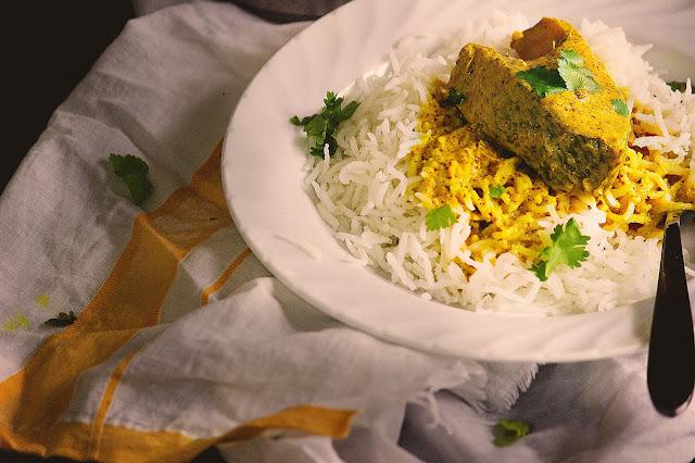 classic bengali recipe sorshe diye bhapa mach sorshe bhape steamed fish recipe bengali style