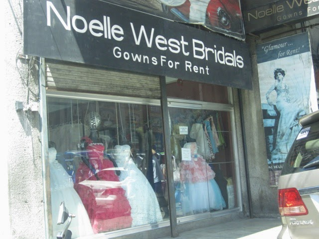 Super Advertising: Largest Bridal Gown Rental in the Country