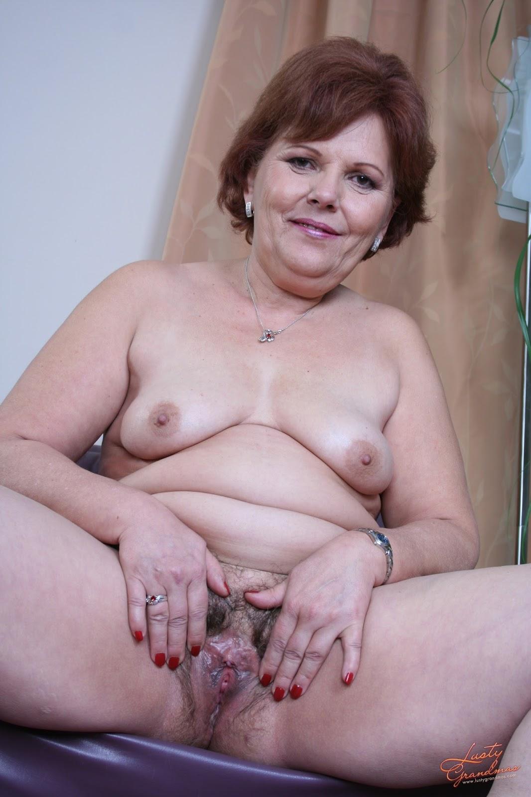 Секс с большой грудью бабушкой с 4 фотография
