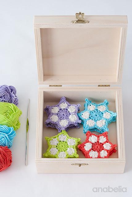 Crochet star garland free pattern 2015 by Anabelia Craft Design