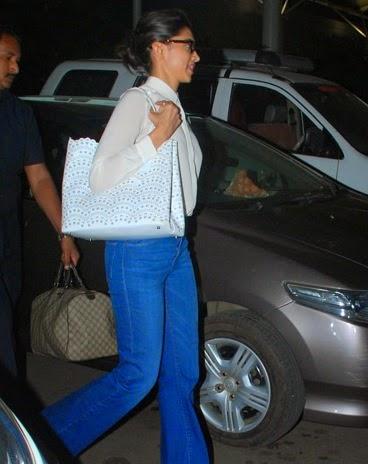 Deepika Padukone, Reteish  & Ileana DCruz snapped at the airport