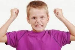 كيف تتعاملين مع طفلك العصبى ؟