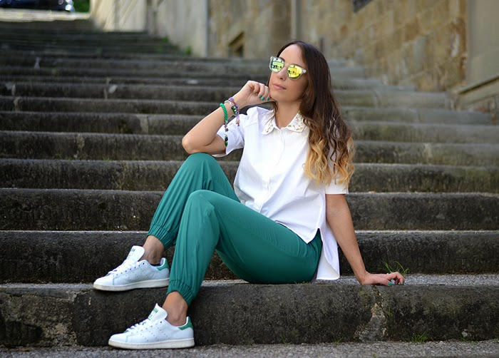 look con stan smith