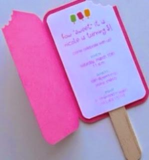 http://123manualidades.com/invitacion-de-fiesta-con-forma-de-helado/3008/