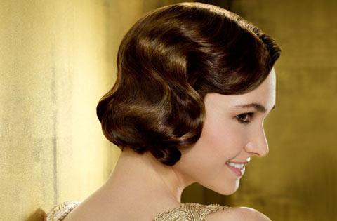 Зачіски в ретро стилі підходять як для