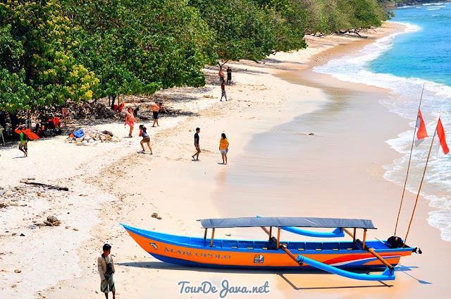 Pantai Pasir Putih Pangandaran