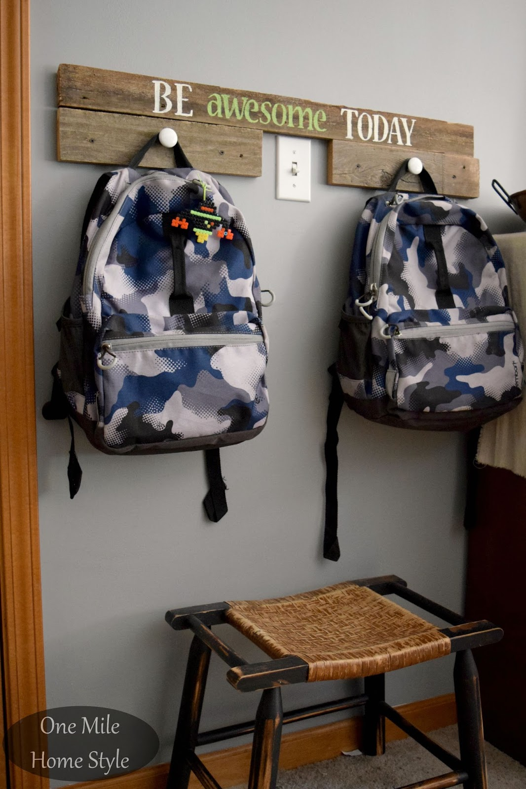Awesome Reclaimed Wood Backpack Hangers   One Mile Home Style