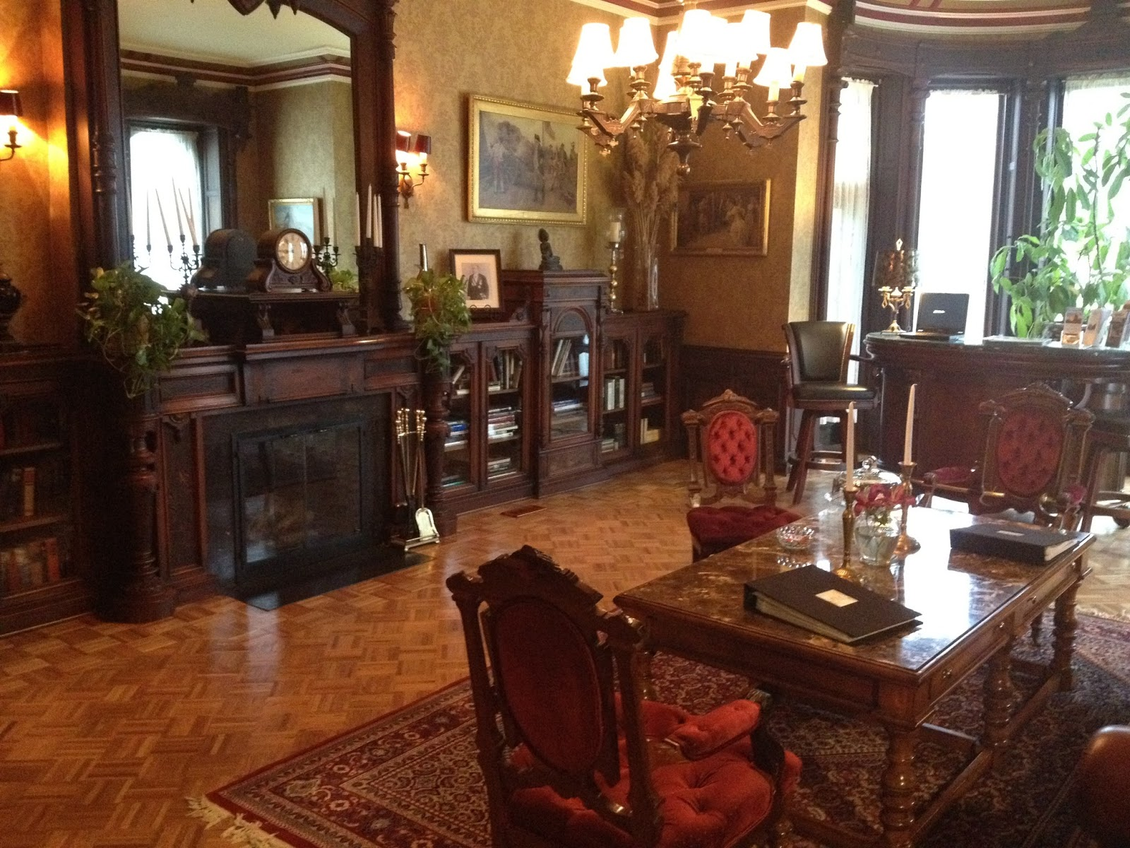 An uptown dandy places we like to stay the batcheller for Where to stay in saratoga springs ny