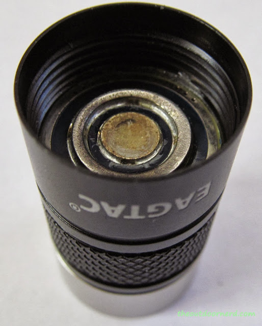 Eagletac D25A Mini 1xAA Flashlight: Closeup Of Electrical Contact