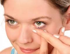 Combateti infectiile oculare — remedii naturiste