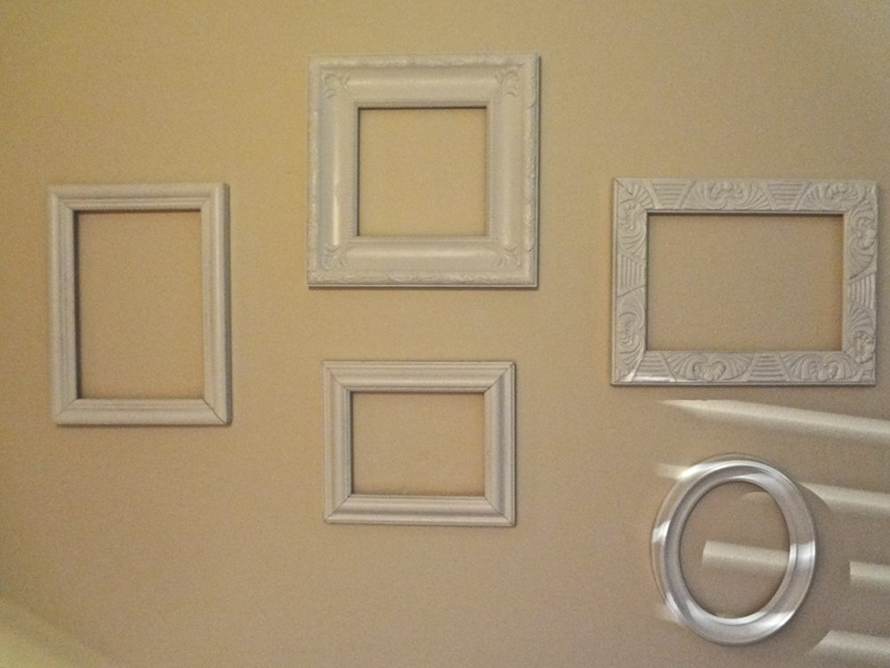 empty frames as wall art - Empty Frames On Wall