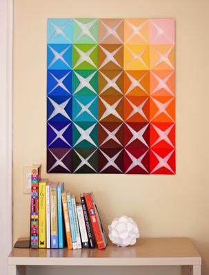 decoração de parede com papel dobrado