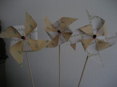 DIY Tutorial Molinillos de viento/ Pinwheel / Moulin à vent
