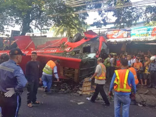 Bus falls from Skyway bridge kills 18 Taguig, accident, bus accident, Manila Philippines