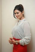 Glamorous Meenakshi Dixit Photos-thumbnail-70