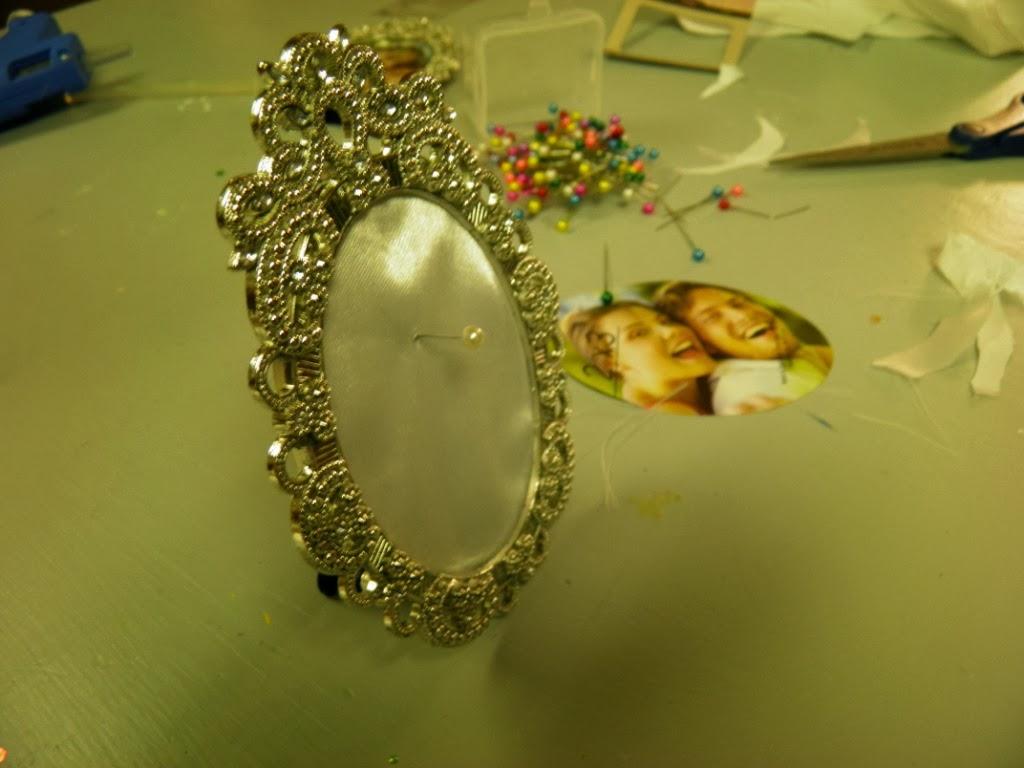 A blog about us!: DIY Wedding Ring Holder