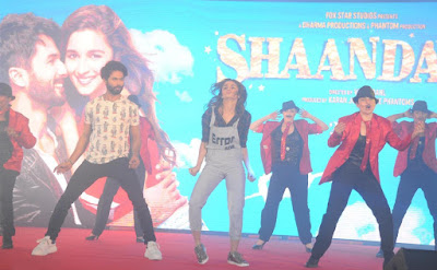 Sexy Alia Bhatt Looks Super Hot In 'Shandaar' Movie Song Launch Event In Mumbai