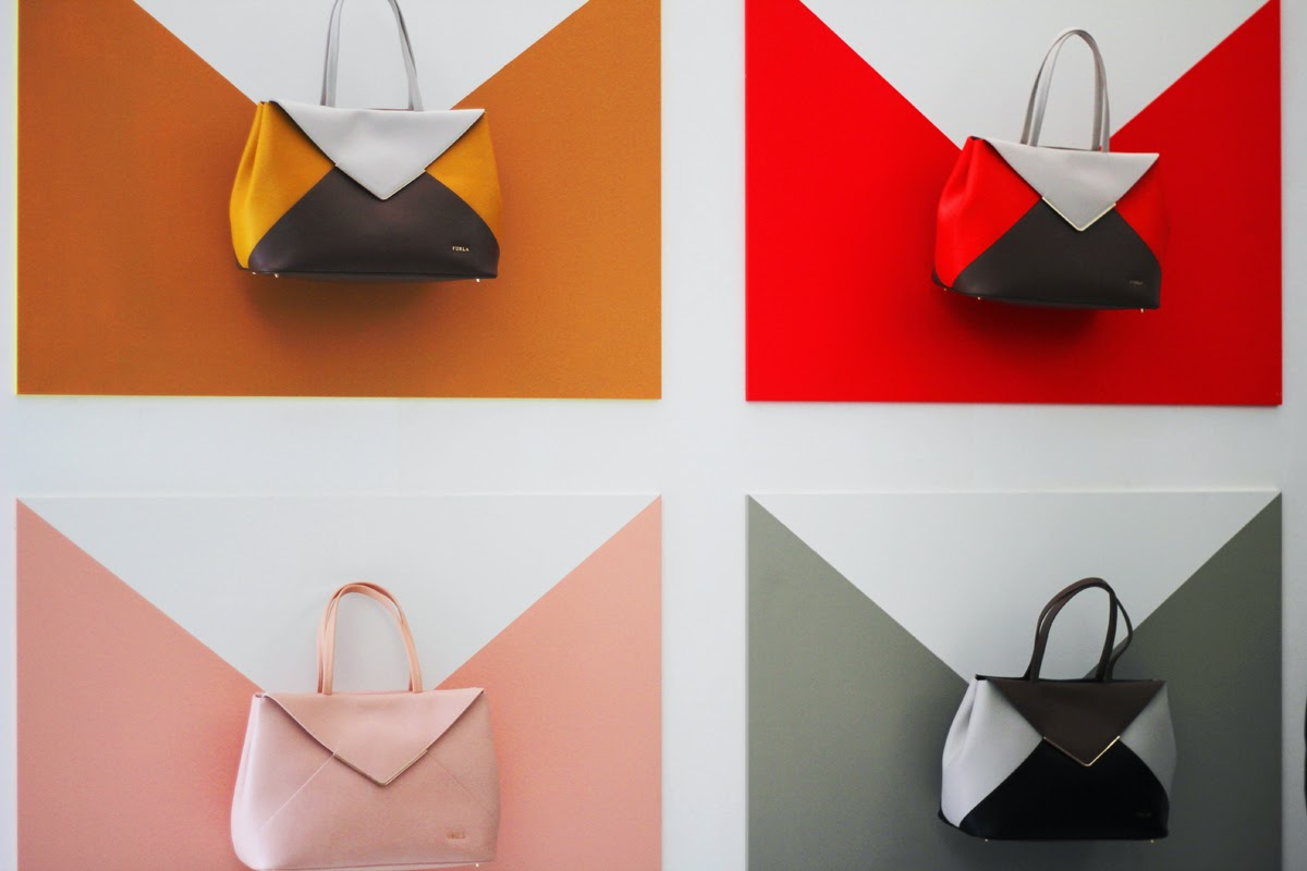 furla taschen milan fashion week showroom presentation designer label