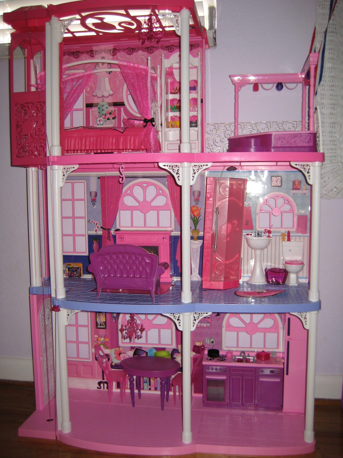 The Gallery For Barbie Dream House With Elevator