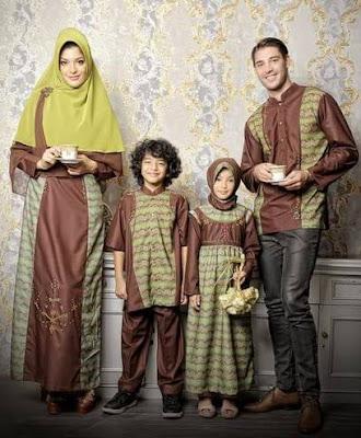 Contoh Model Baju Muslim Keluarga Berpasangan Modis