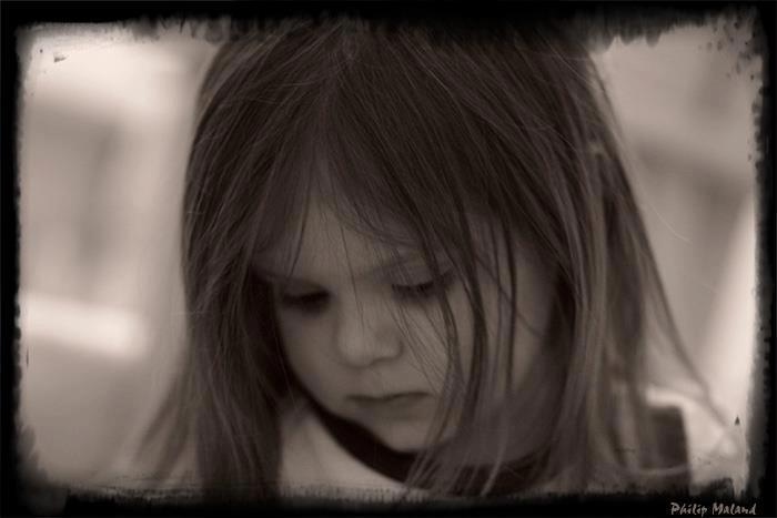 ابتسامات حزينة جدا , كلام عن الحزن 2013, صور حزينه عليها اجمل كلام 2013