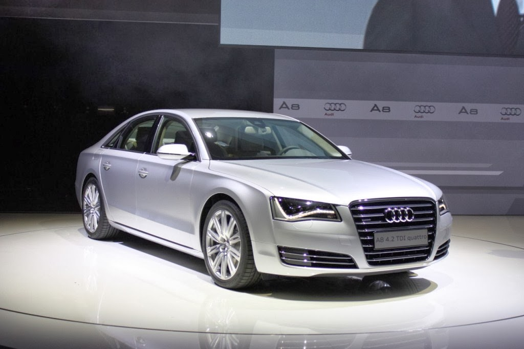 2017 audi a8 cars prices features wallpapers. Black Bedroom Furniture Sets. Home Design Ideas