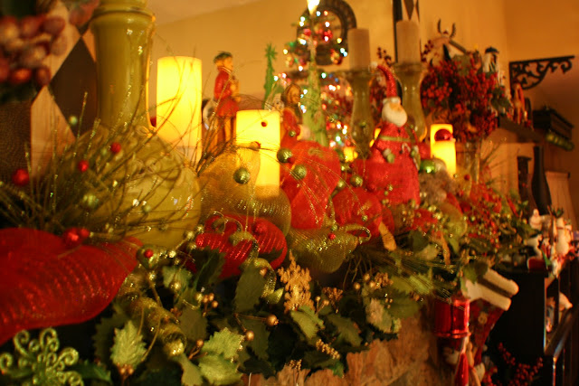 Traditional Red Green Decorations