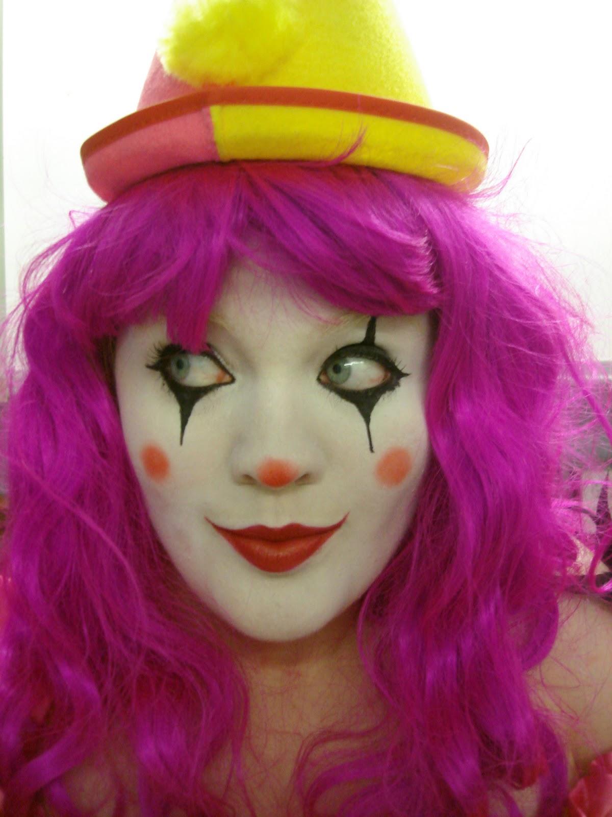 Realistic Elephant Tattoos   183  Alyson Hannigan Fat   183  Internet Safety    Happy Clown Faces Makeup