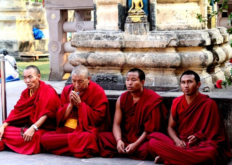 the buddhist definition of enlightement While enlightenment may refer specifically to the secular european age of enlightenment, it also has parallels in both far eastern religious concepts (the buddhist bodhi, the zen satori, and the hindu moksha) and abrahamic religions (ie.