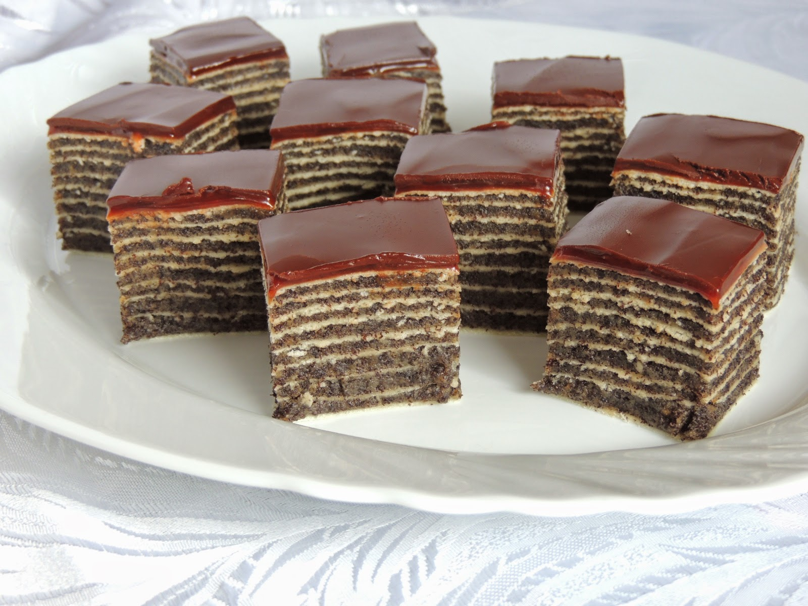 Unbaked cake with poppy seeds