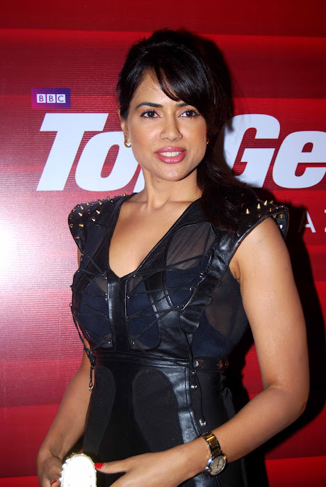 sameera reddy at top gear awards actress pics