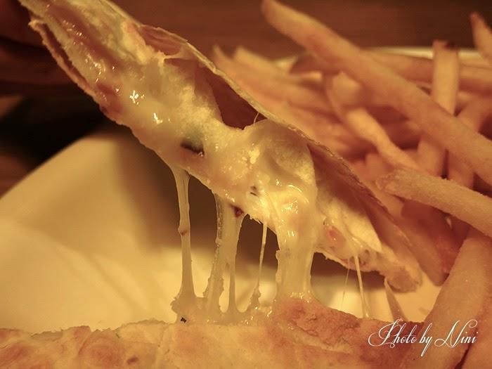 【台北內湖區】費尼漢堡Fanier。我被可口的漢堡DM燒到了
