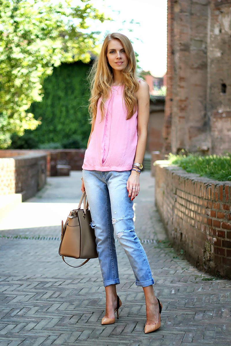 2019 year style- How to pastel wear colored jeans