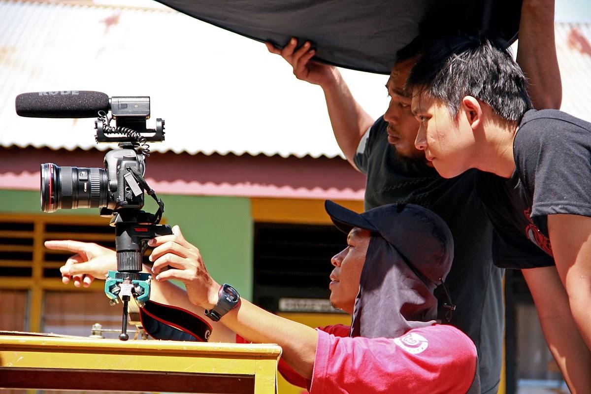 Komfaz Production | Filmmaker Indie: Menonton Film Karya ...