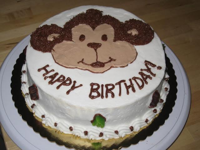 Hình ảnh bánh sinh nhật hình con khỉ cho người tuổi Thân