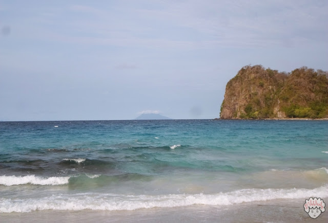 Gunung Anak Krakatau journeyofalek.com
