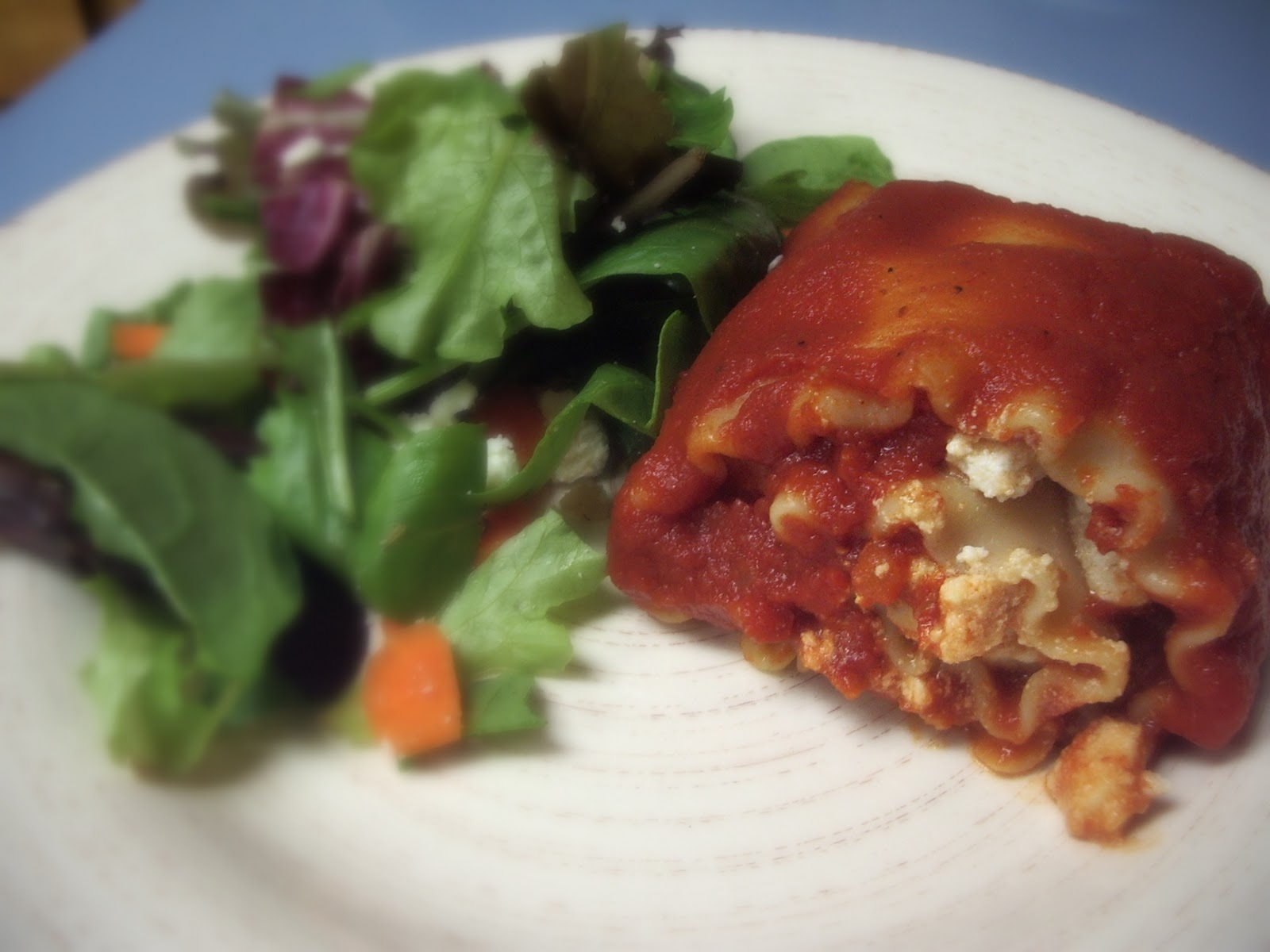 KitchenJoy: Chicken-Cheese Lasagna Roll-Ups