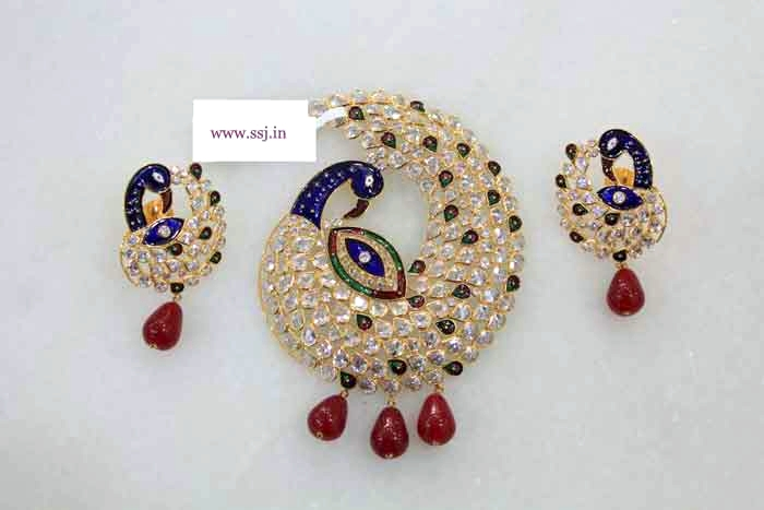 Gold sets with kundan for gifting at very reasonable rates pure gold gold sets with kundan for gifting at very reasonable rates pure gold necklace sets peckock pendant sets kundan sets polki diamond sets in new delhi aloadofball Images