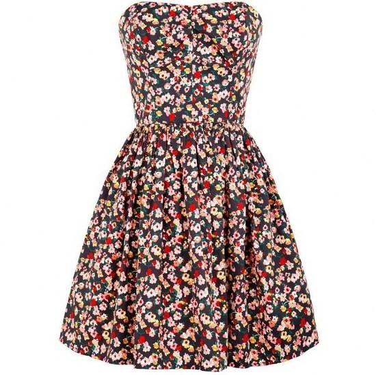 Jack Wills %C3%87i%C3%A7ekli Elbise Modelleri 2013 2013 Çiçekli elbise modelleri