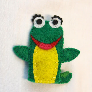 Isa felt finger puppet from a Dora the Explorer project for a friend, handmade by Joanne Rich.