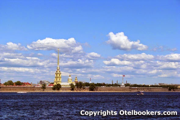 The_Peter_and_Paul_Fortress_in_Saint_Petersburg