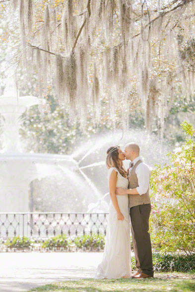 best destination wedding locations, savannah wedding, forsyth park, top wedding destination places