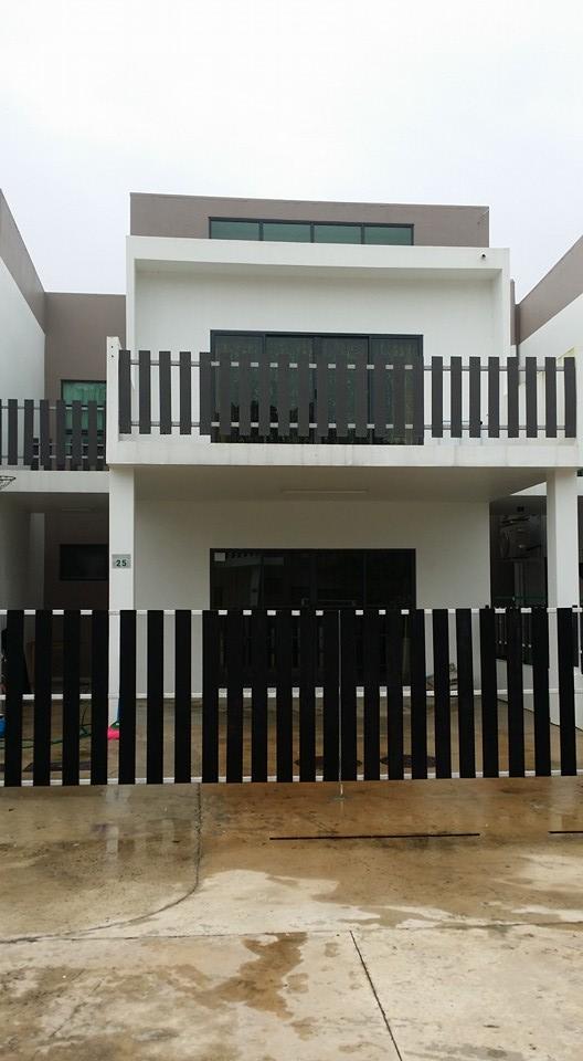 Modern Terrace House for Rent near Brunei Airport Miri Property